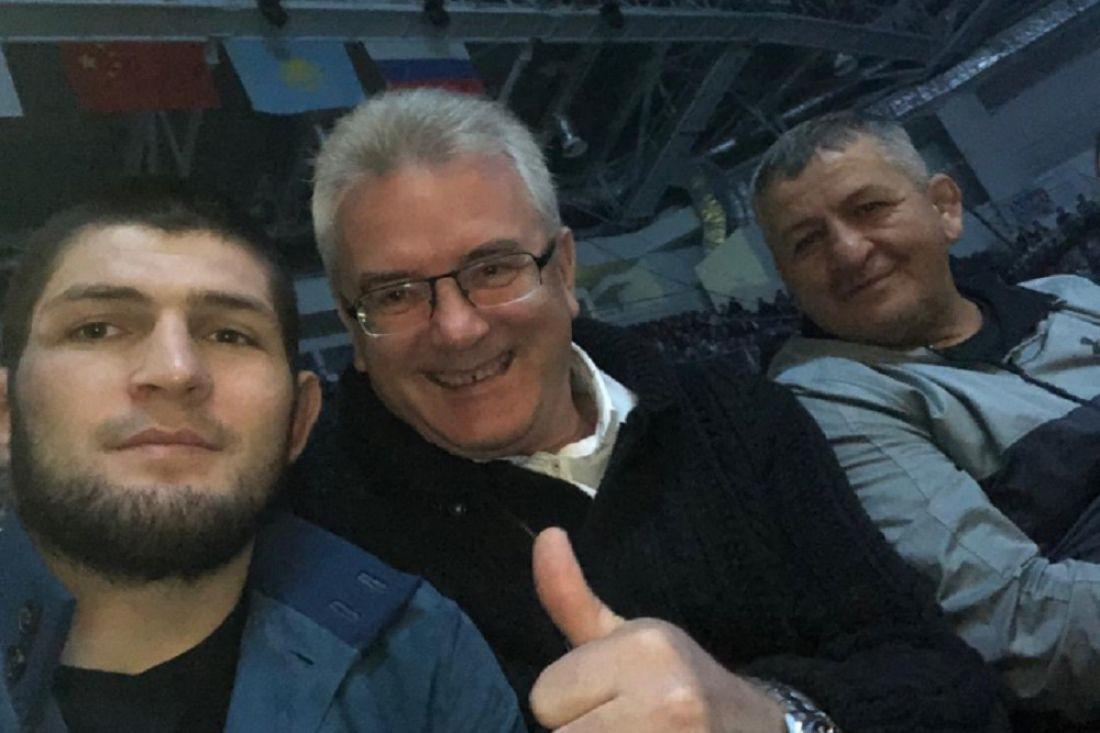 Губернатор Пензенской области поделился селфи с Хабибом Нурмагомедовым и его отцом