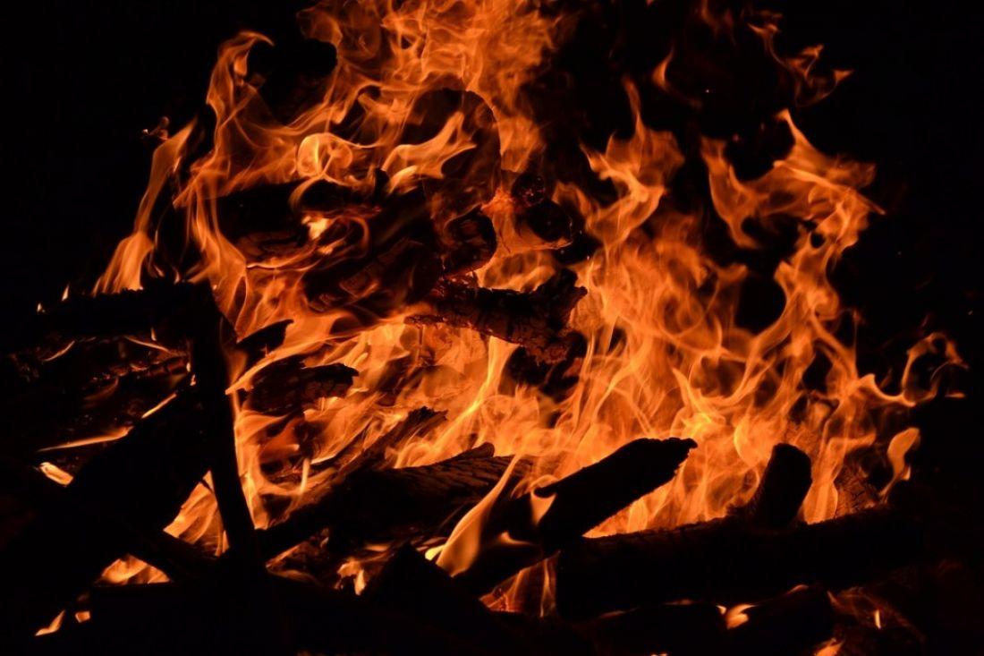 В Пензенской области пожар в деревянном доме унес жизнь хозяина